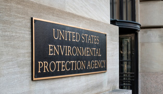 Bloomberg: Monsanto Cancer Suits Turn to EPA Deputy's 'Suspicious' Role